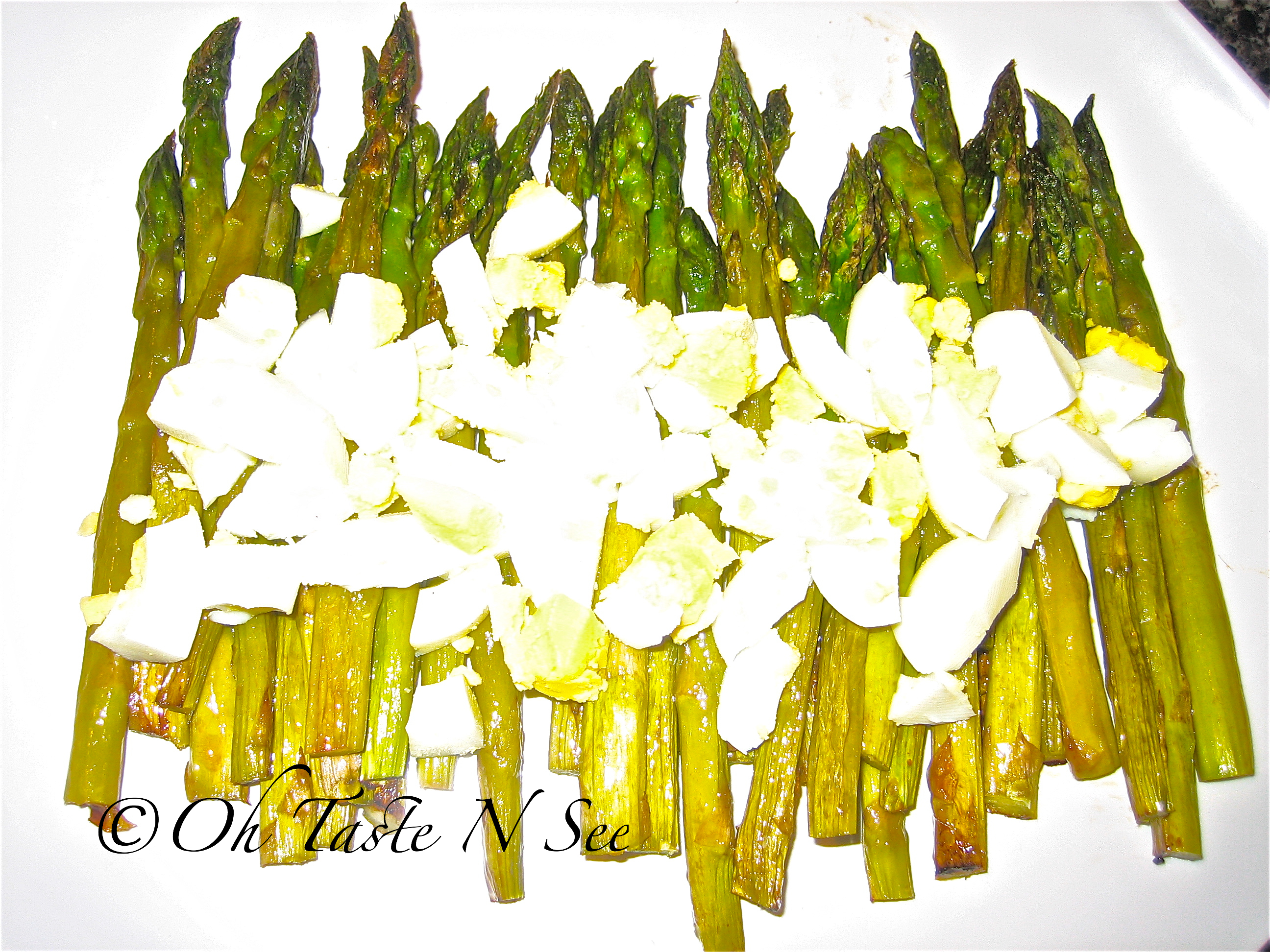 Roasted Asparagus with chopped eggs