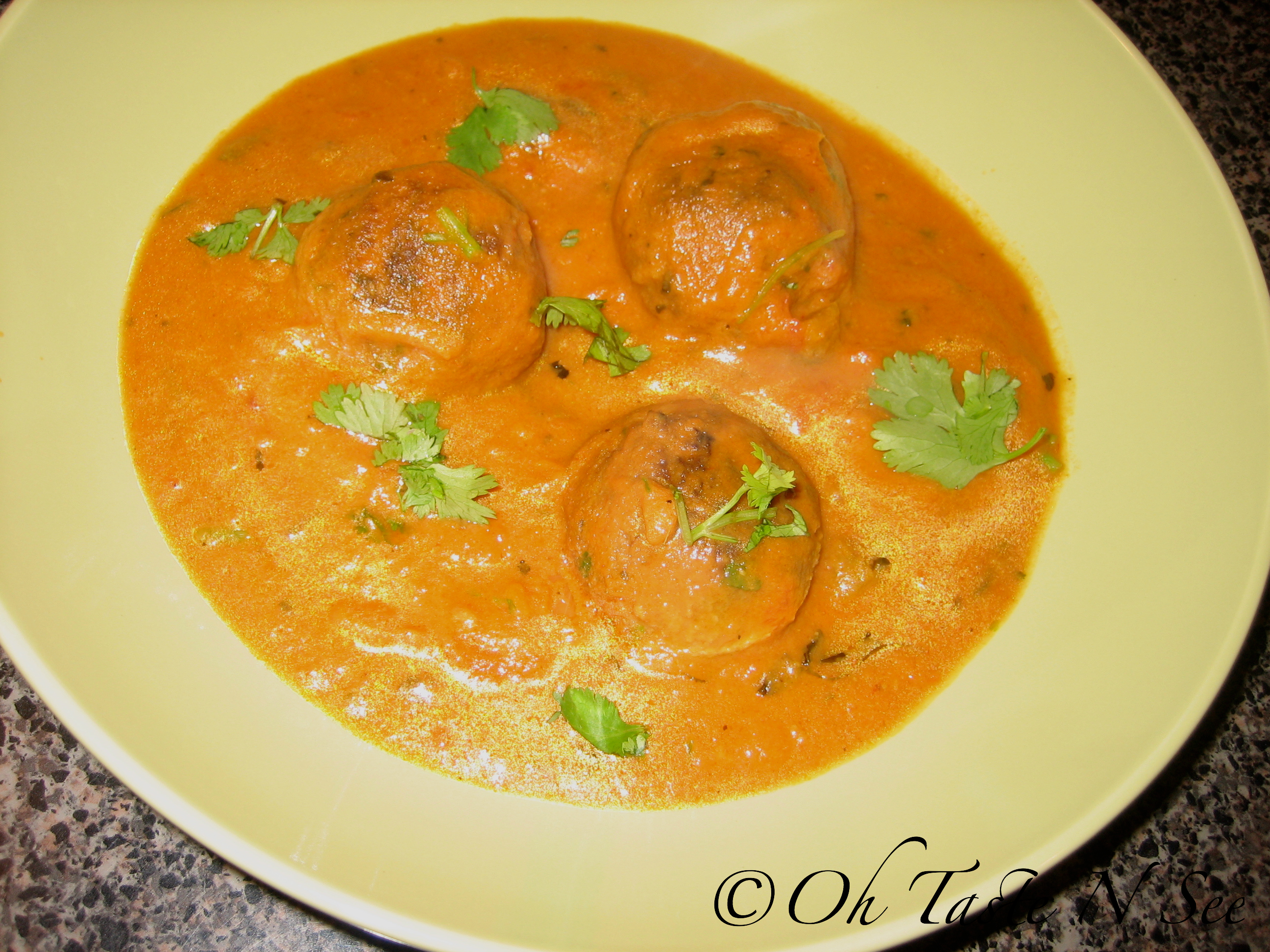Baked Tofu Bread Kofta Curry