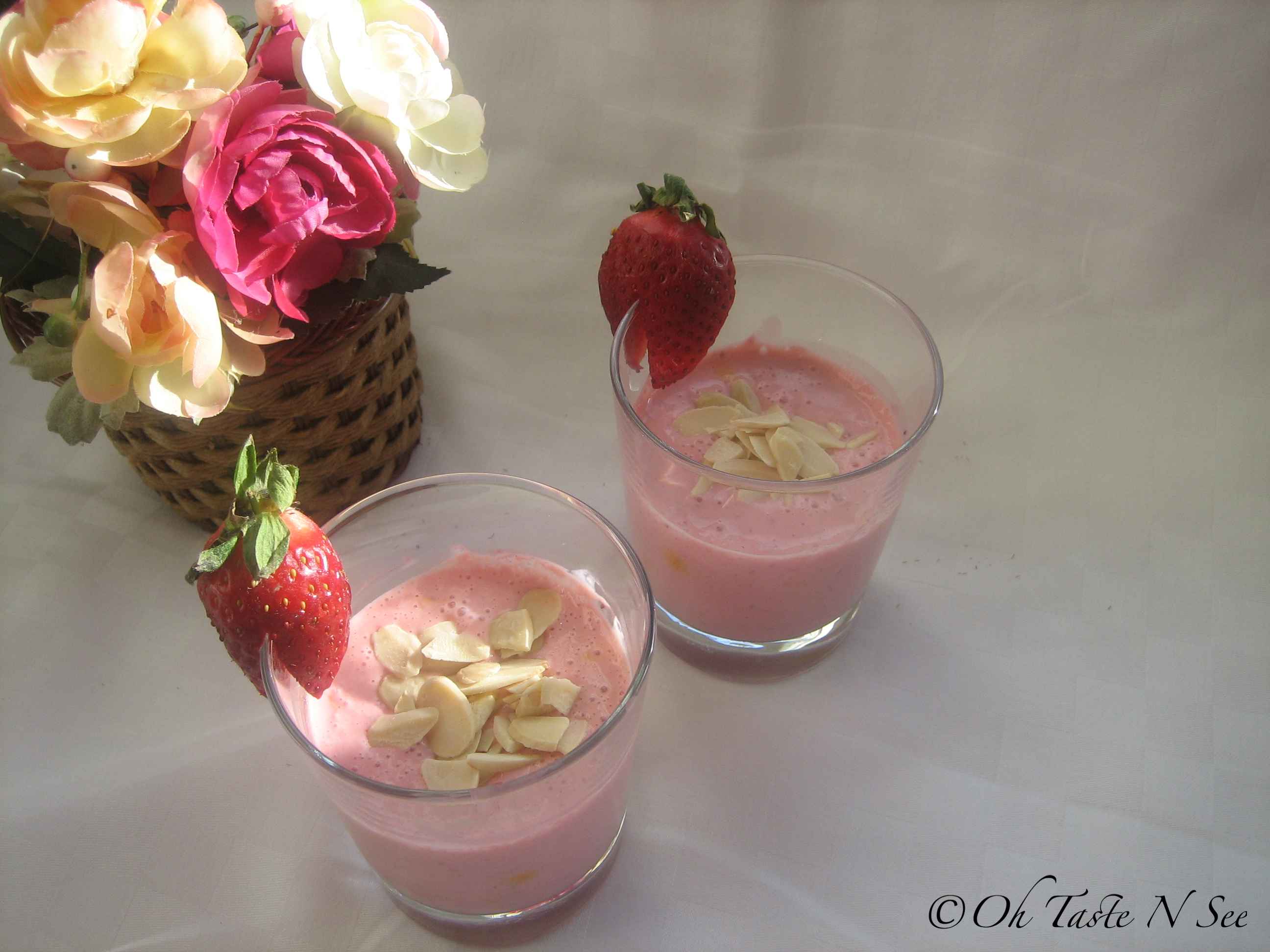 Strawberry Shrikhand 1